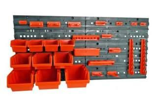 Tablica warsztatowa z plastikowymi pojemnikami, kuwetami NTBNP4