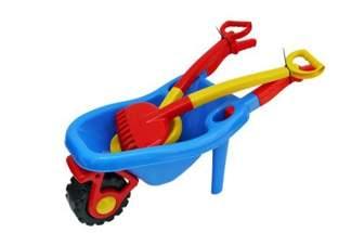 Zestaw zabawek do piasku taczka, grabki i łopatka  – mix kolorów